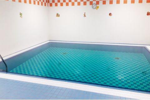 Benice - bazén